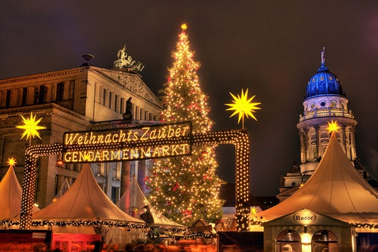 Berlin Christmas Market (Photo courtesy of visitBerlin/Wolfgang Scholvien)