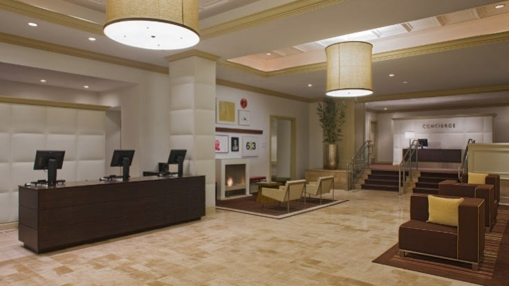 Hyatt offers great value on mid to high-end awards. Image courtesy of Shutterstock.