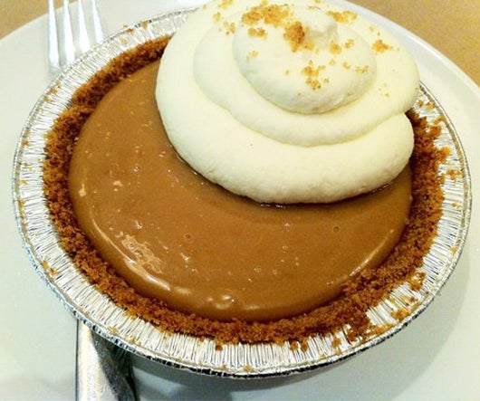 The salted caramel pie at Simplethings.