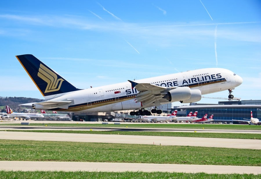 Singapore Airlines had a pricing glitch for Business Class, and now is asking passengers to pay up! (Shutterstock)