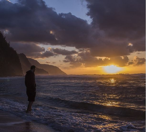 The most spiritual and captivating sunset of my life: Ke'e beach. Photo by Julio Gaggia.