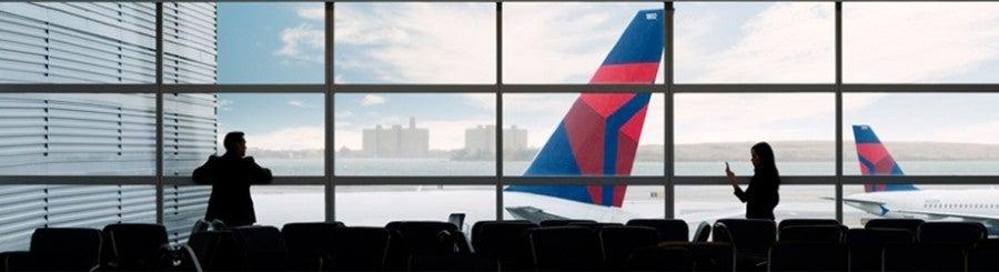 Delta plane tails airport