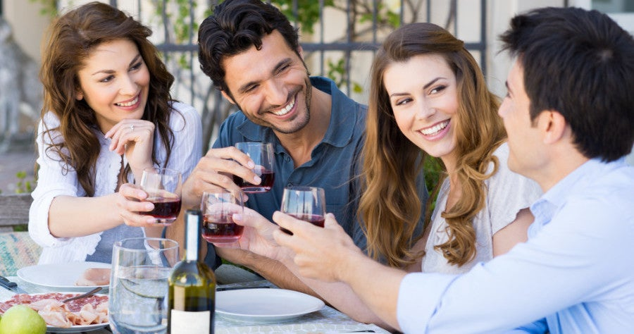What credit card is best to use for dining second quarter? Photo courtesy of Shutterstock.