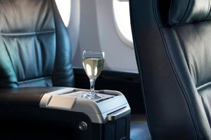 Comparing Domestic Business And First Class United Airlines