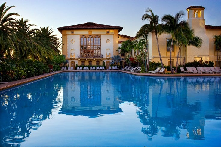 Dive into the best hotel pools in america for Hotels with indoor pools in florida