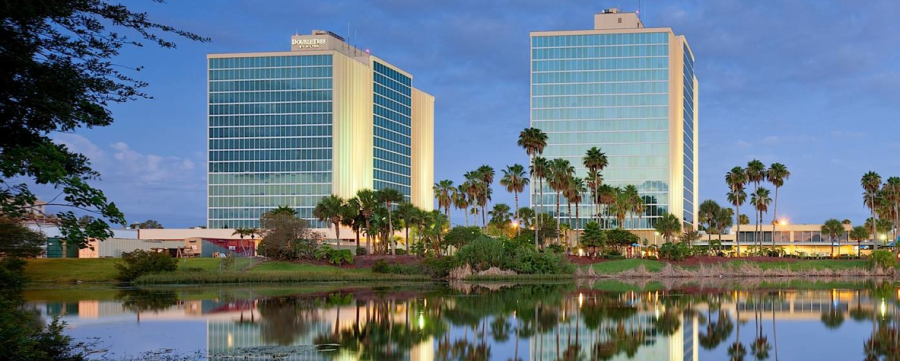 The two towers of the DoubleTree Orlando Universal