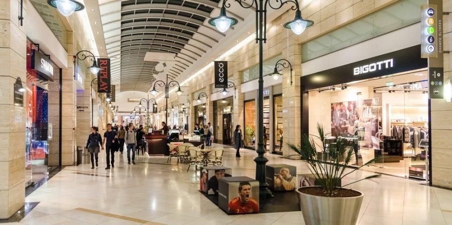 Shopping mall featured shutterstock 157782296