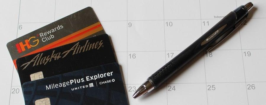 credit card calendar annual account bonus
