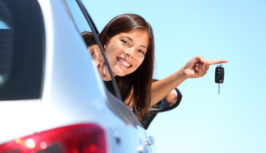 Get AA miles with Hertz Rentals. Photo courtesy of Shutterstock.