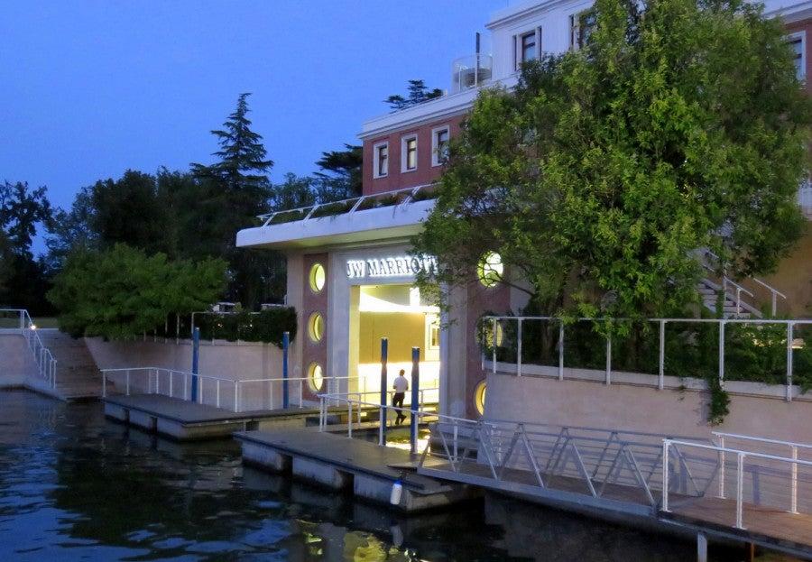 hotel review jw marriott venice resort and spa. Black Bedroom Furniture Sets. Home Design Ideas