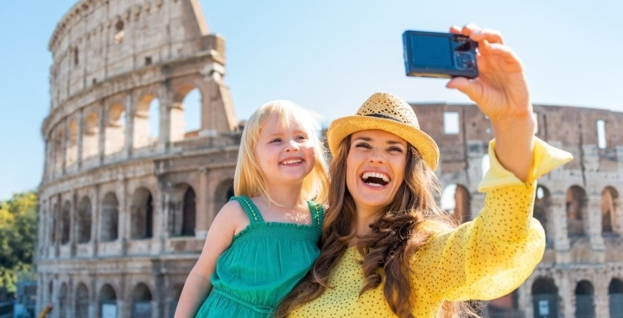 Family vacation travel rome featured shutterstock 253301299