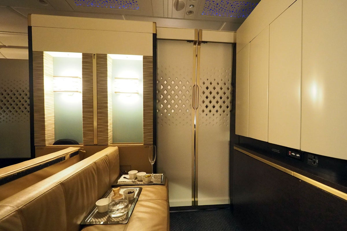 10 Things To Love About Etihad S A380 First Class Apartment