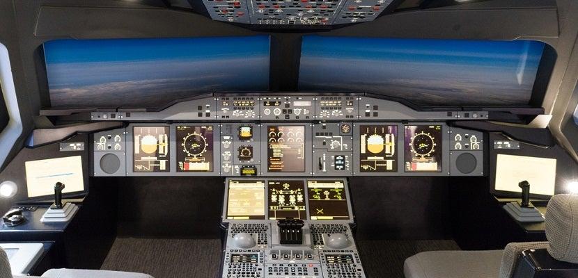 Flight simulator featured 2 shutterstock 201569759