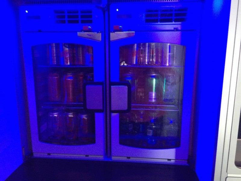La selezione di bevande del Marketplace gratuito di JetBlue.'s complimentary Marketplace.
