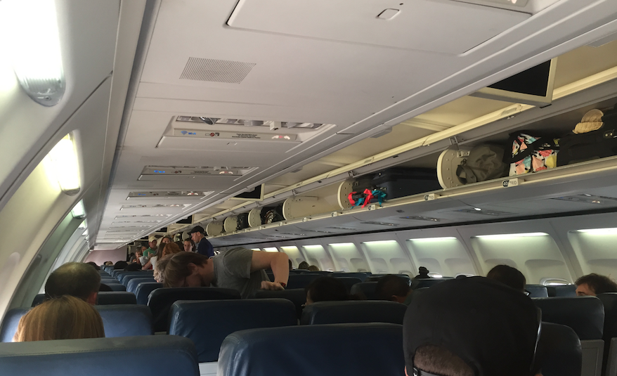 Flight Review Delta 757 200 In Economy Lax To Maui