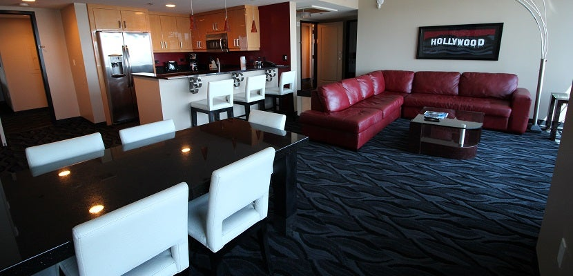 6 roomy las vegas suites you can book with points for Elara las vegas 4 bedroom suite
