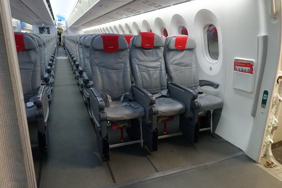 Review Norwegian Air 787 Premium Class New York To Oslo