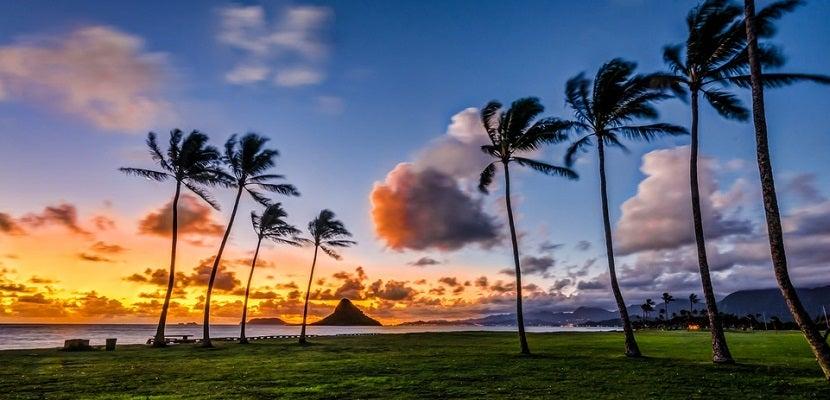 Hawaii sunset beach featured shutterstock 162636074