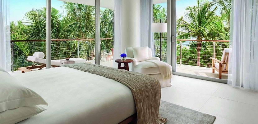 Marriott Miami Beach room featured