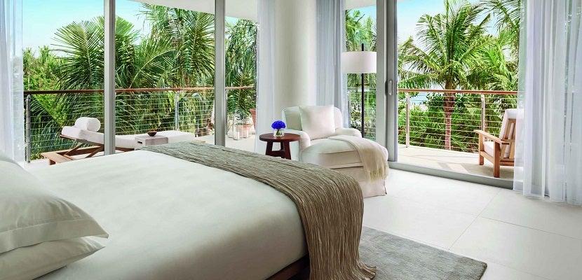 Marriott Miami Beach room featured