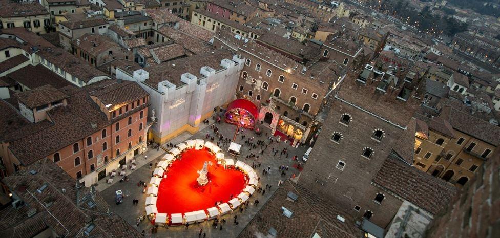 Verona gets all decked out for Valentine's Day. Photo by Ferruccio Dall'Aglio, courtesy of Verona's tourism board.