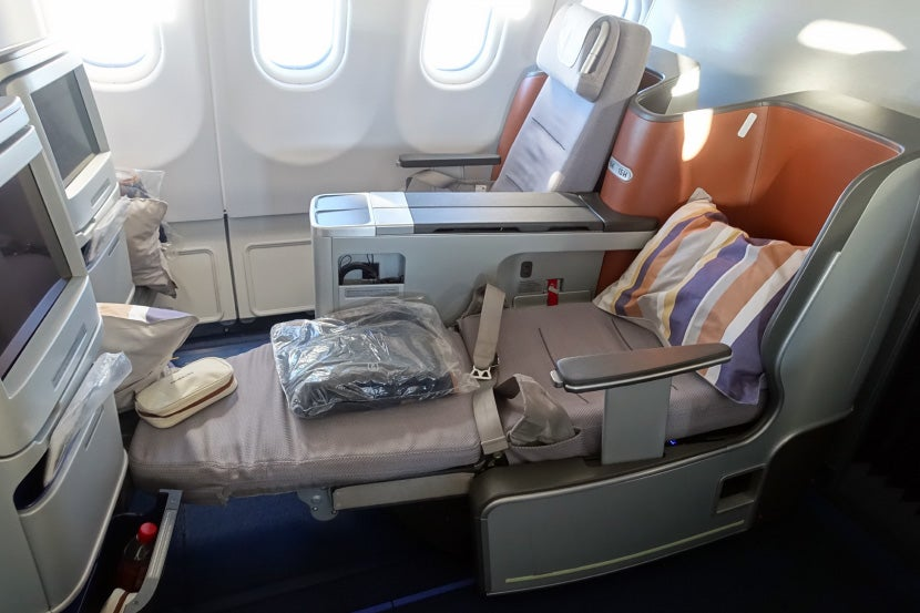 Amenity Kits First Class Vs Business Class On Lufthansa