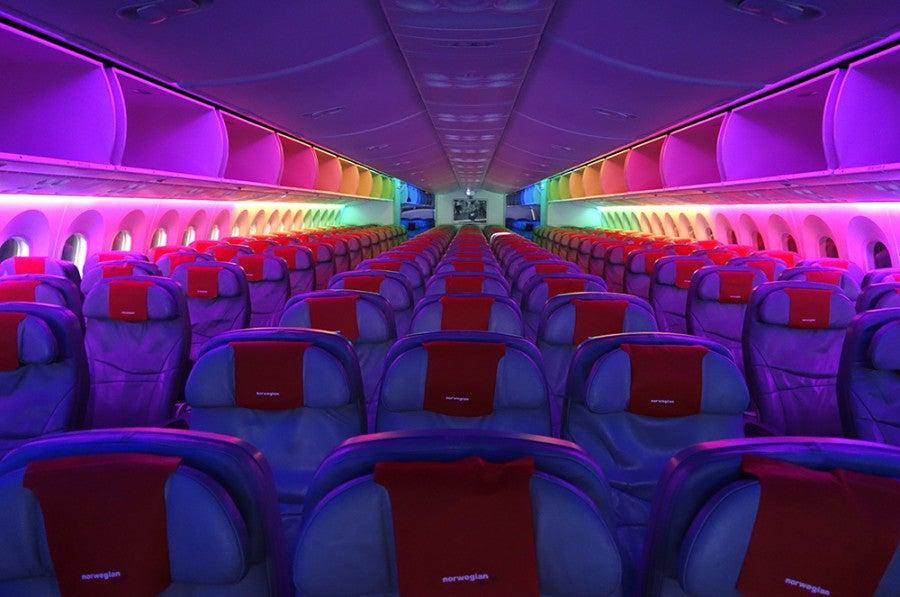Review Bulkhead Vs Regular Economy On Norwegian S 787