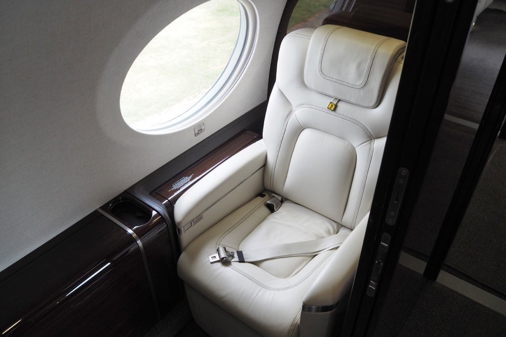 Inside The Gulfstream G650 Business Jet