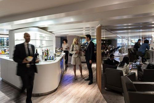 """Paris has some spectacular lounges, and this is one of them. Image courtesy of <a href=""""https://www.prioritypass.com/en/loungesearch?entity=08affe9c-10ba-4ae4-af5b-52eedfd71aee"""">Priority Pass.</a>"""