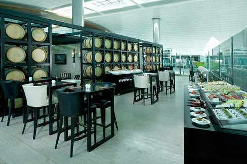 """Dubai's lounge goes above and beyond, with features that you can't find at most full service resorts. Image courtesy of <a href=""""https://www.prioritypass.com/en/loungesearch?entity=b9444fc9-b62f-4c52-aeae-55d8f1cff116"""">Priority Pass.</a>"""