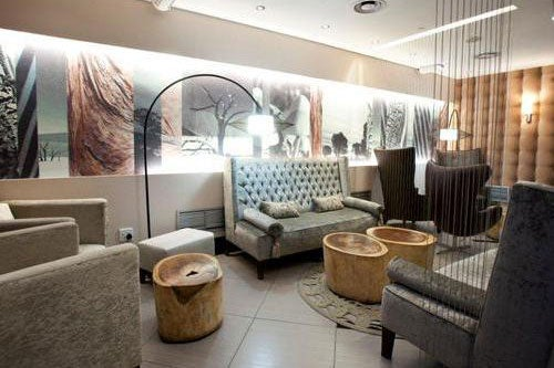 """Johannesburg's best lounge is accessible for most departing passengers. Image courtesy of <a href=""""https://www.prioritypass.com/en/loungesearch?entity=1bed886b-c488-4b33-bc18-266dd2033608"""">Priority Pass</a>."""