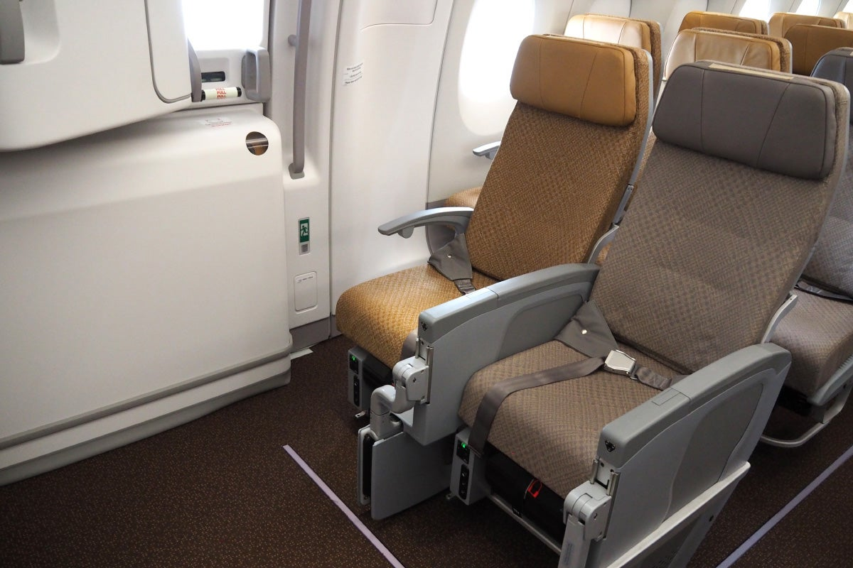 Where to Sit in Singapore Airlines\' A350: Economy