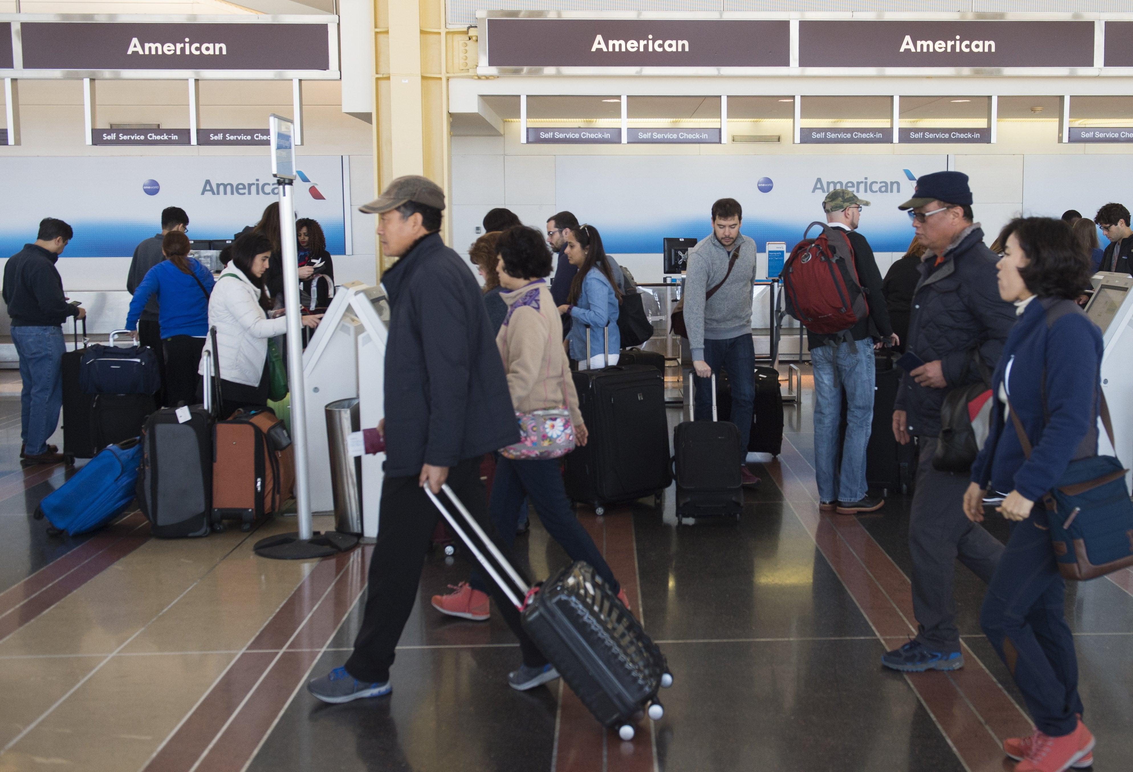 LeggingsGate: Comparison of Airline Non-Rev Dress Codes