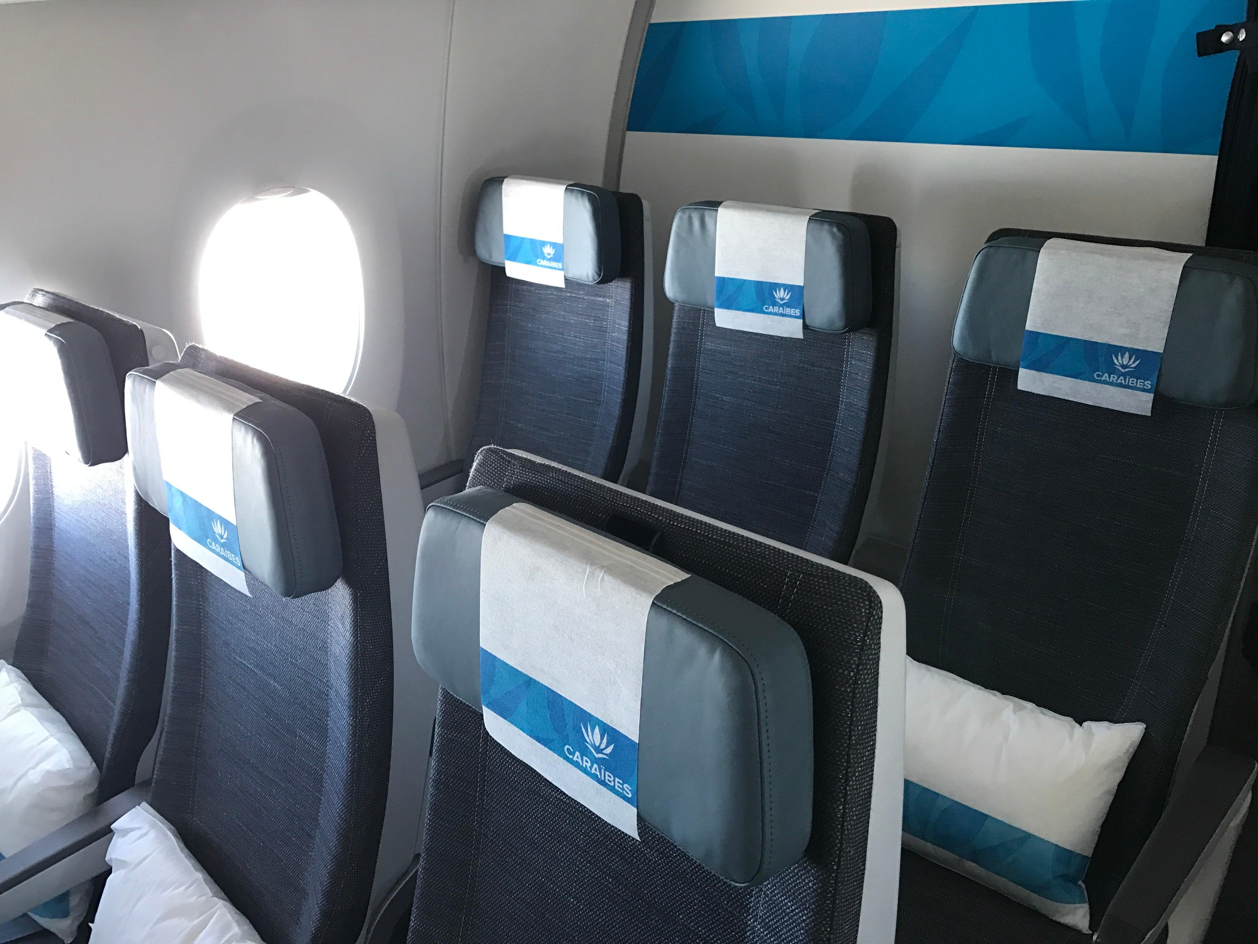 A look inside the first air cara bes airbus a350 for Calme interieur