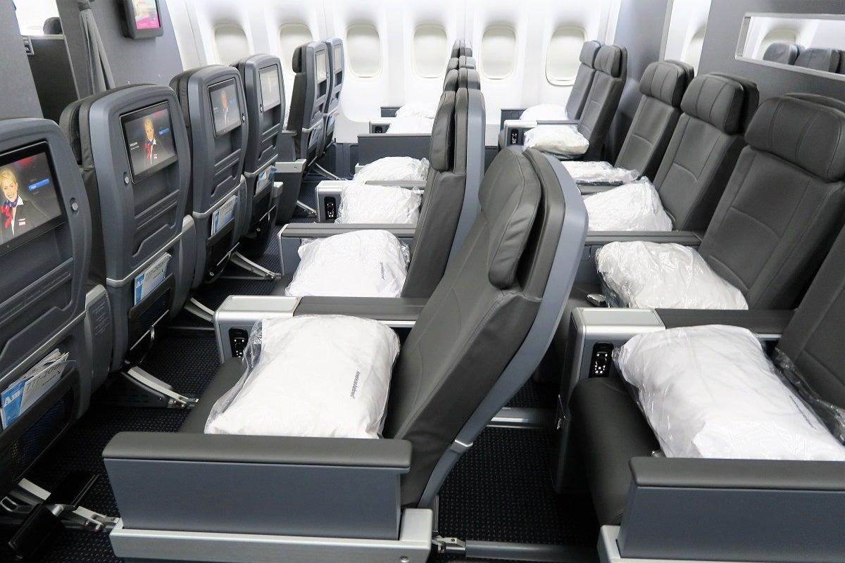 Flight Review American Airlines 777 200 Premium Economy