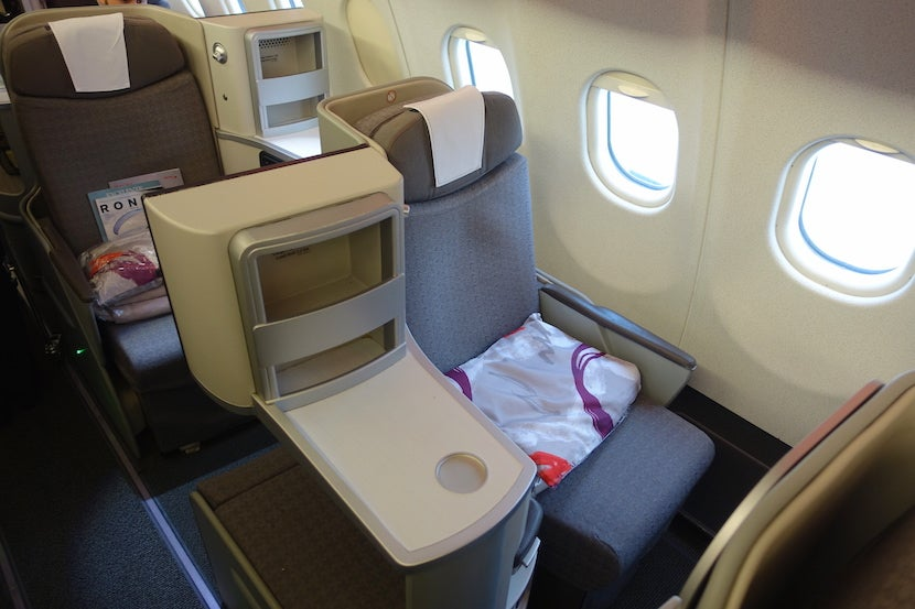 Iberia Side Seat Good