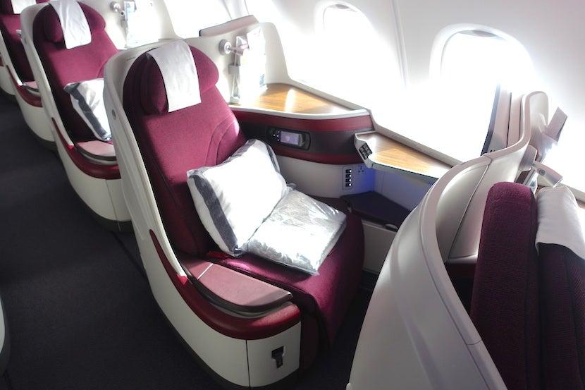 Flight Review Qatar A380 Business Class Doha To Paris
