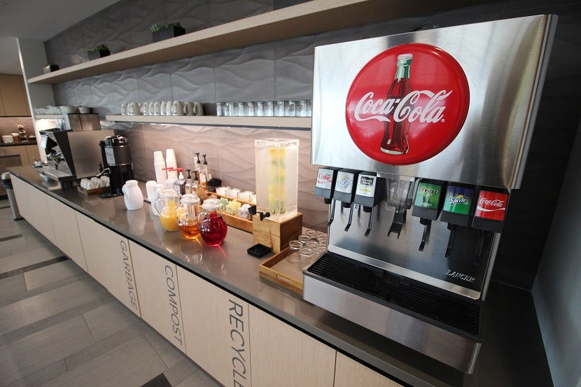 Review: The New Alaska Airlines Lounge in Seattle (SEA)