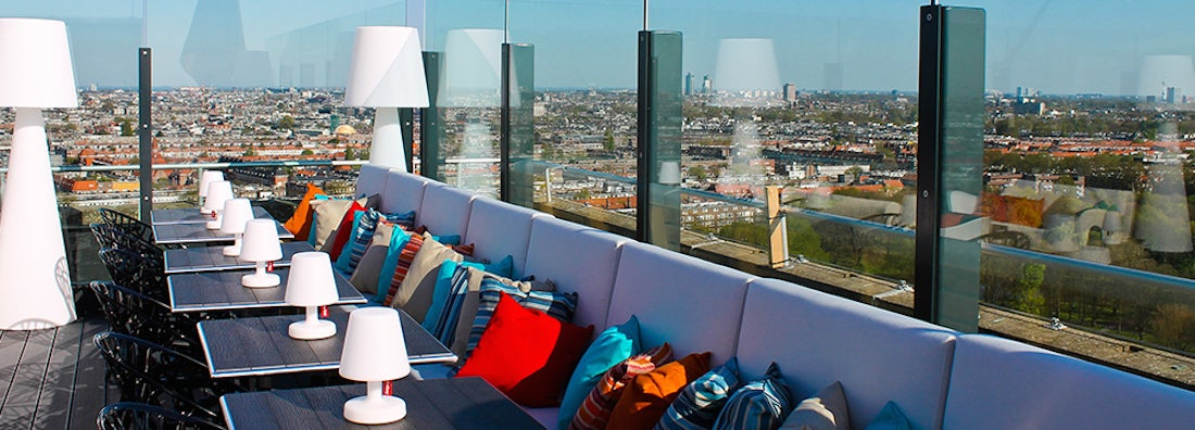 10 Coolest Rooftop Bars Around the World