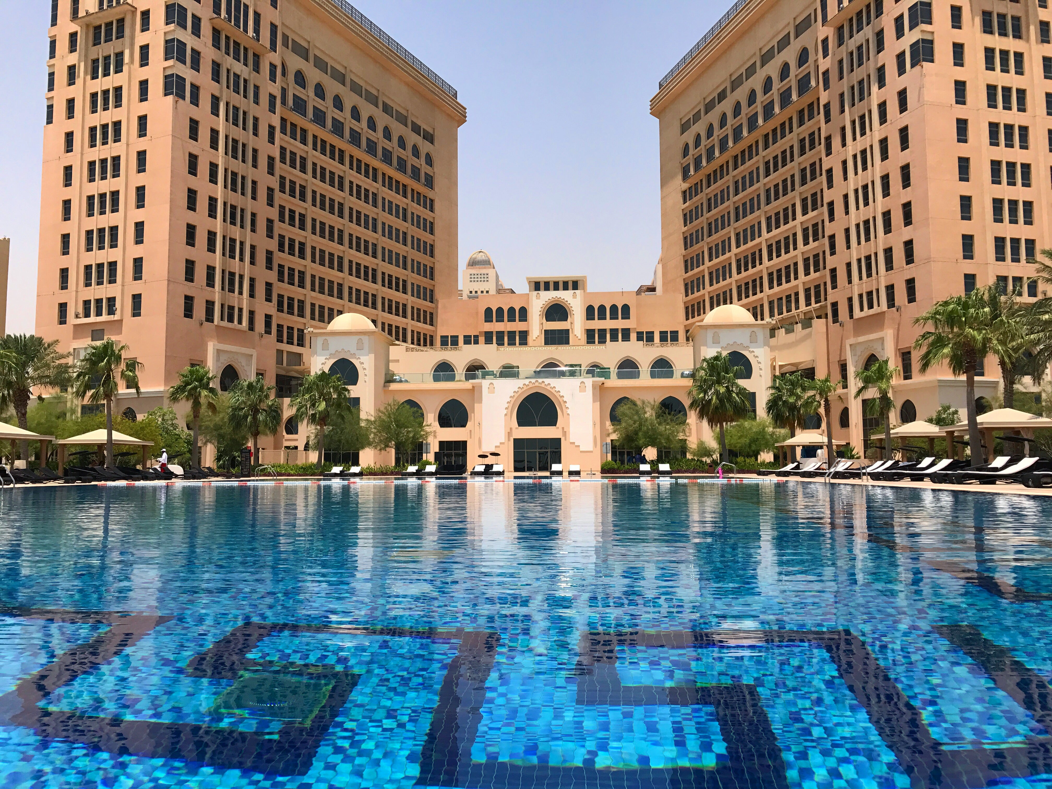 Hotel review an astor room at the st regis doha in qatar for St regis