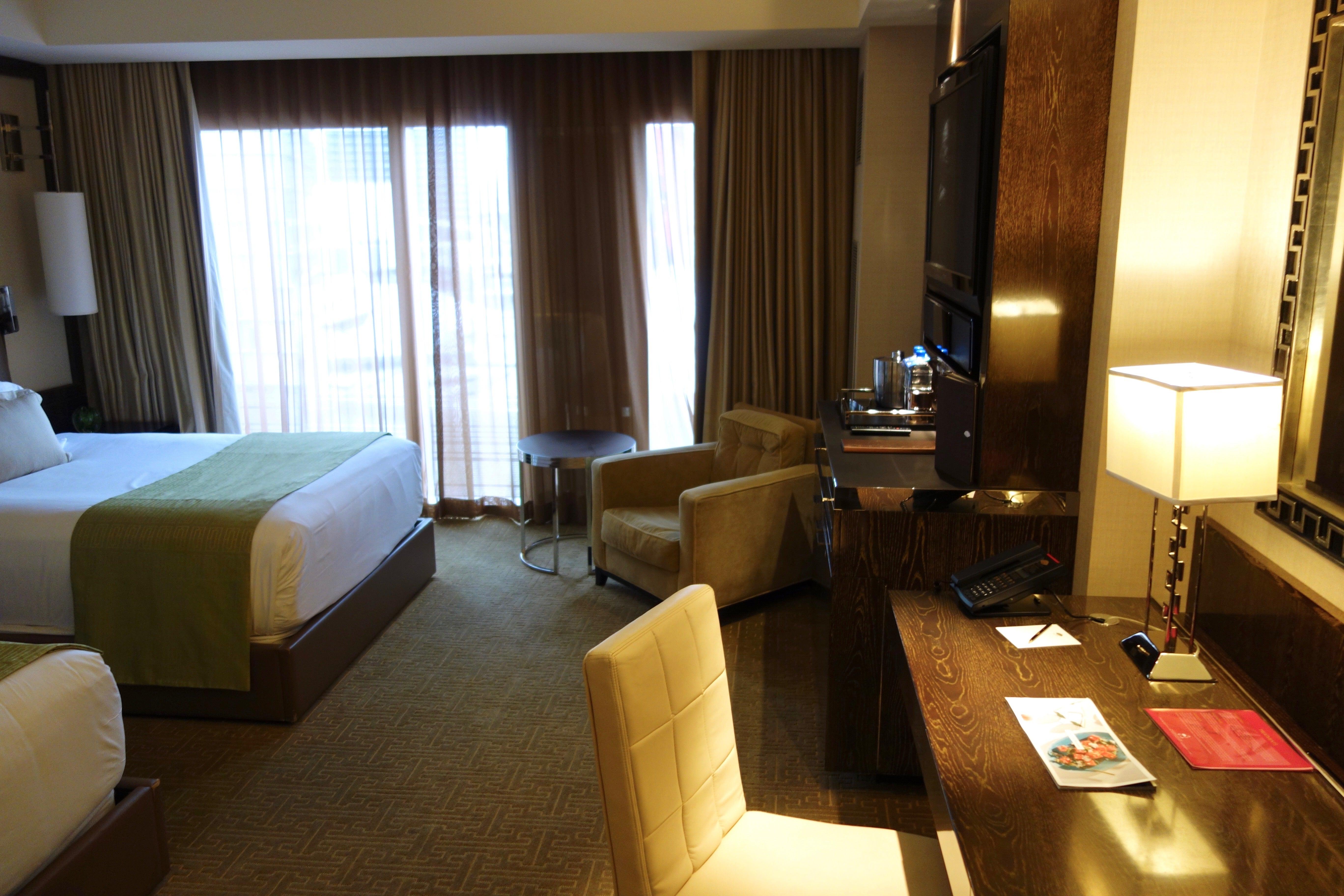 mgm hotel well grand vegas las rooms room en king stay bedroom