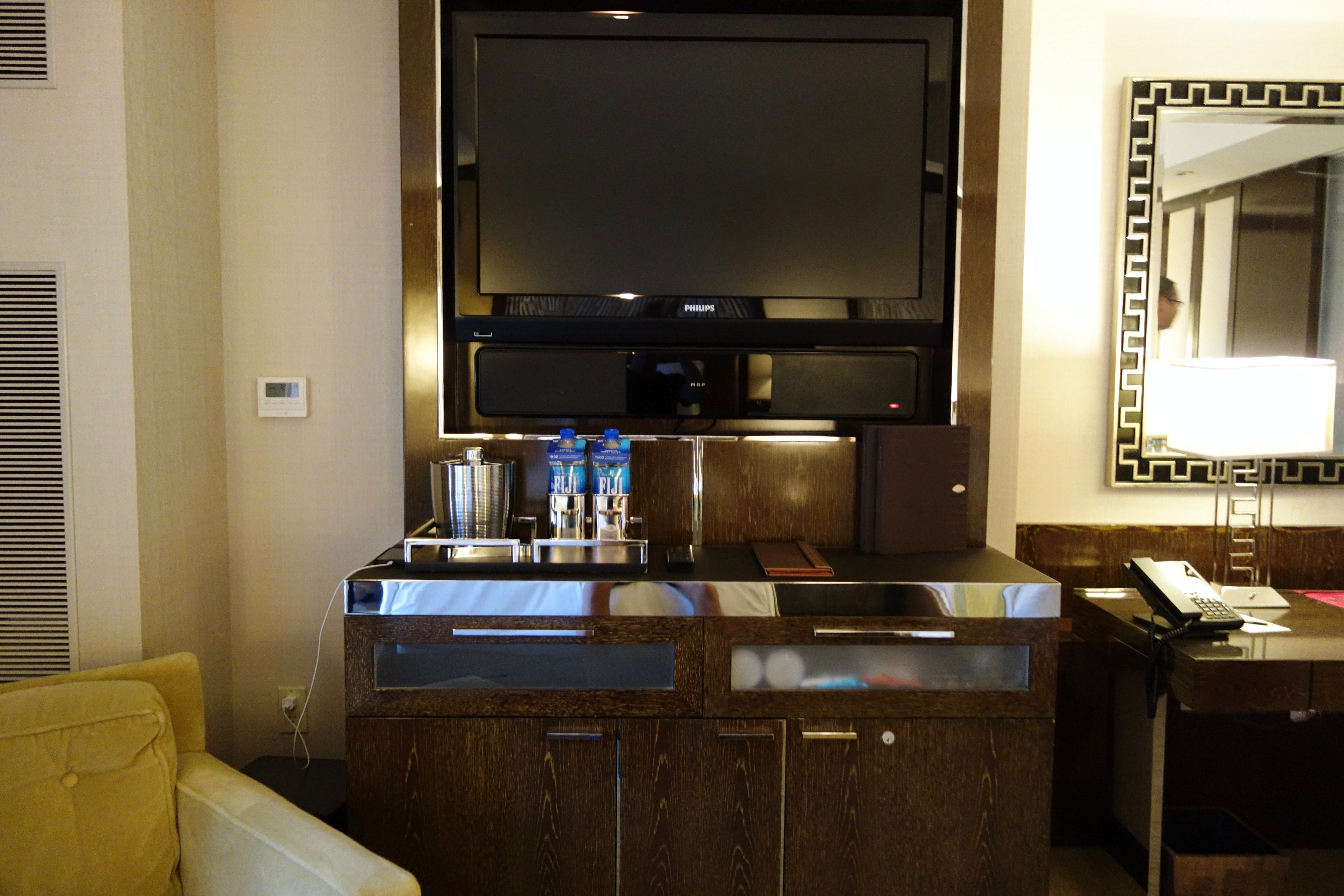 hotel review mandarin oriental las vegas