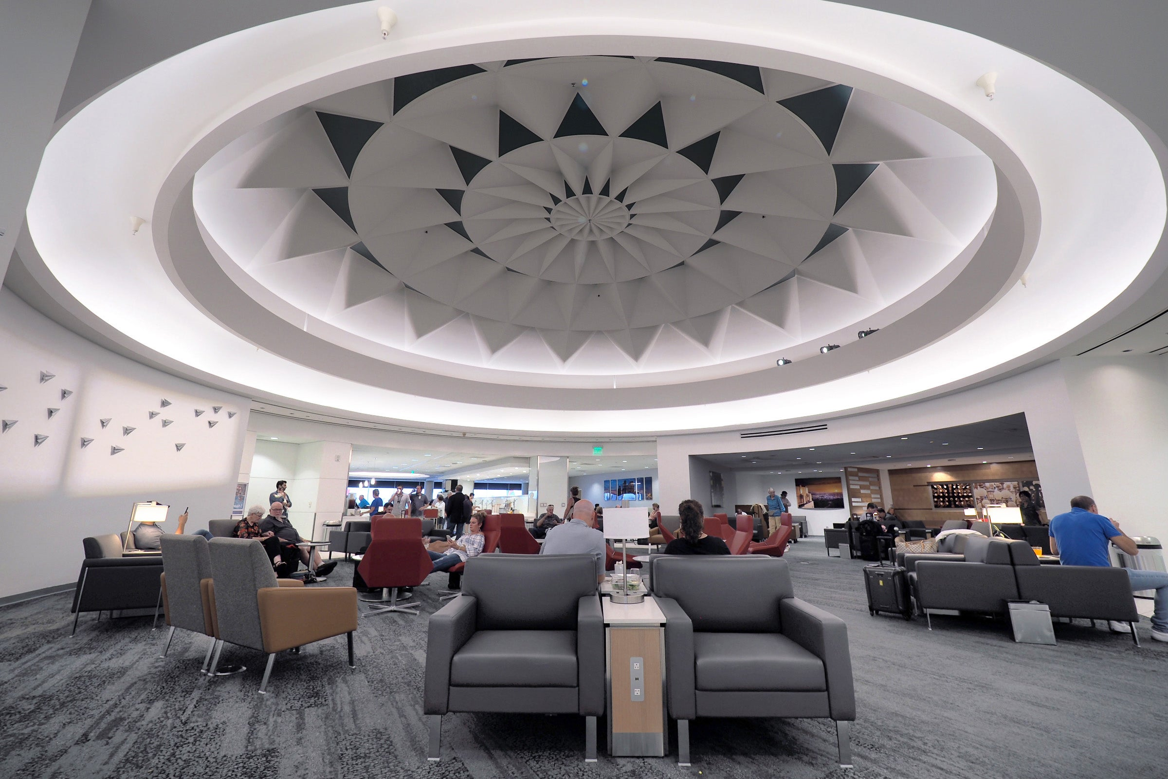 Cover Admirals Club Lounge Access And More With This Card