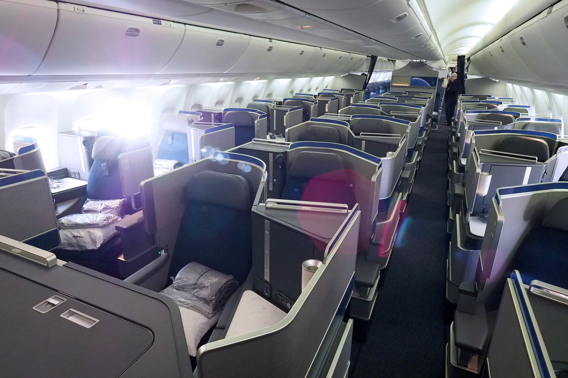 Flight Review United 767 300er Polaris Business Class