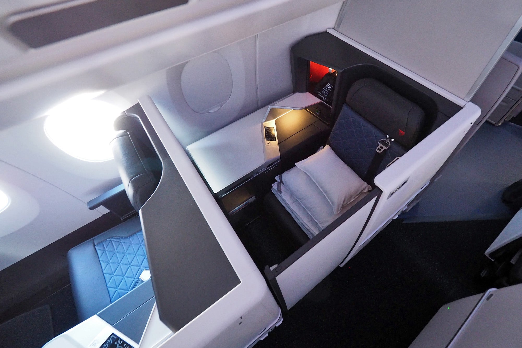Where To Sit On Delta S Airbus A350 Delta One Business Class