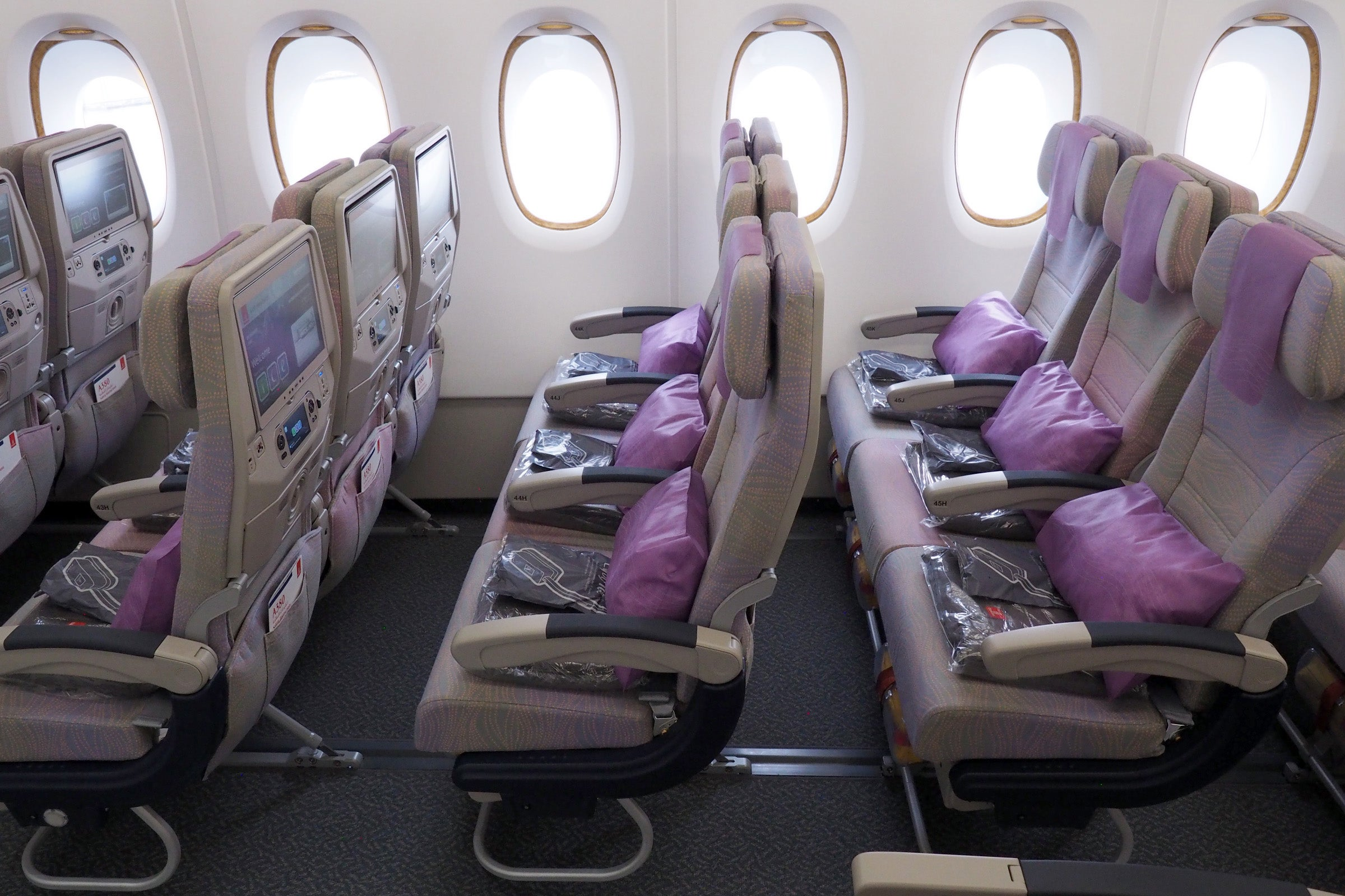 Tour Suites Business And Economy On Emirates 100th A380