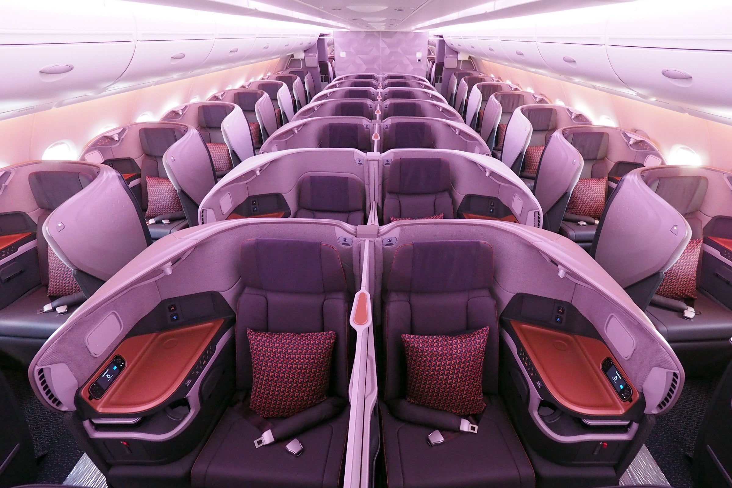 First Look at Singapore Airlines\' Brand-New Business Class
