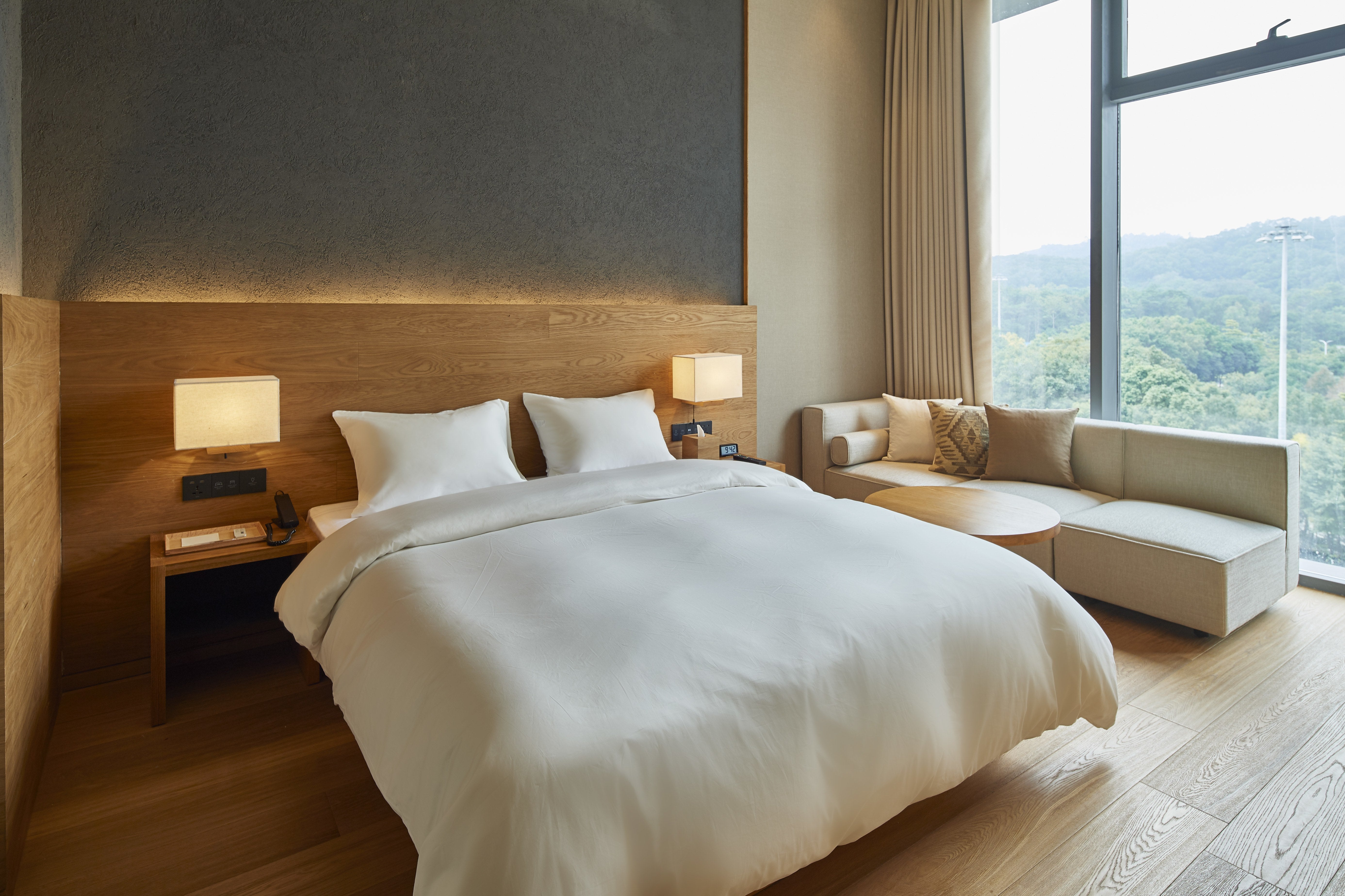 Anese Retailer Muji Opens Two New Hotels Restaurants In China
