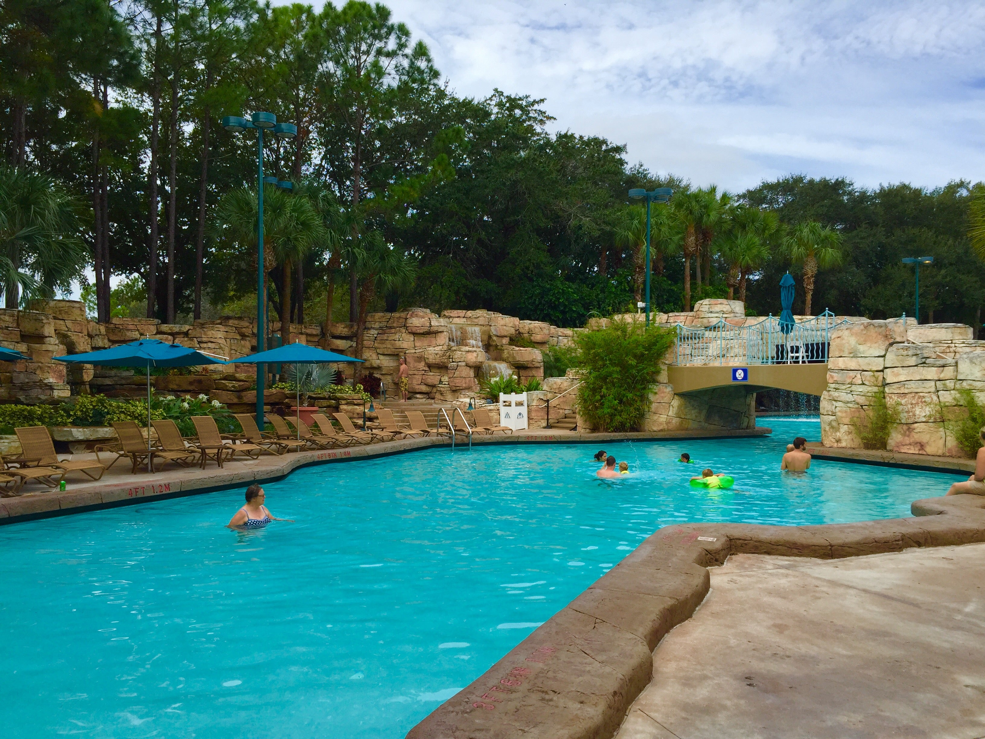 Disney Perks and Amenities at the Swan and Dolphin Resorts