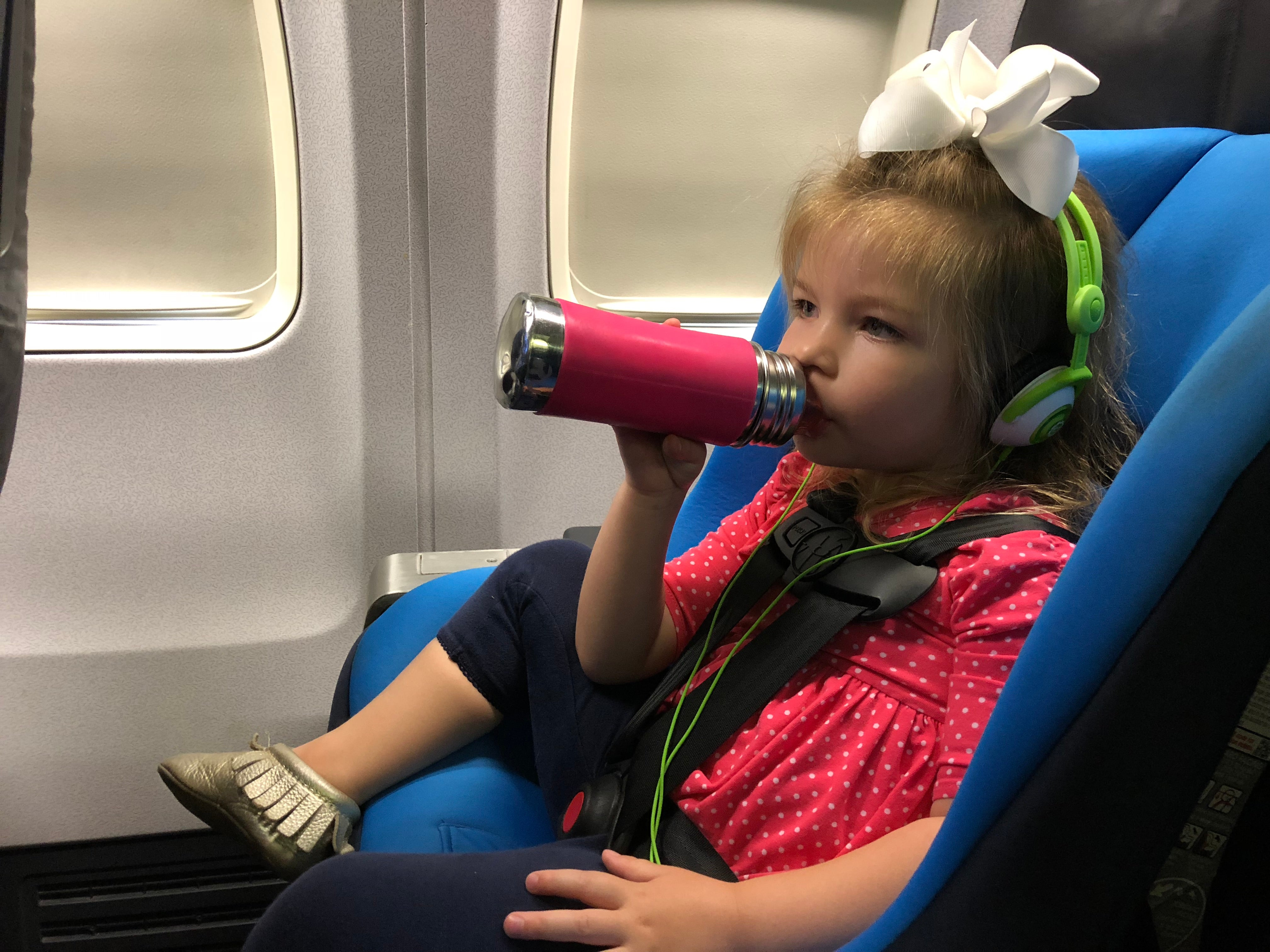 Flying With A Lap Infant Here S What You Need To Know